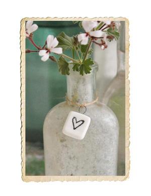 Keramik platta med hjärta