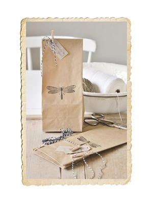 10 st papperpåsar, vit eller brun