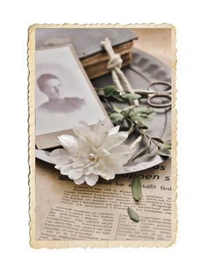 Handgjord pappersblomma
